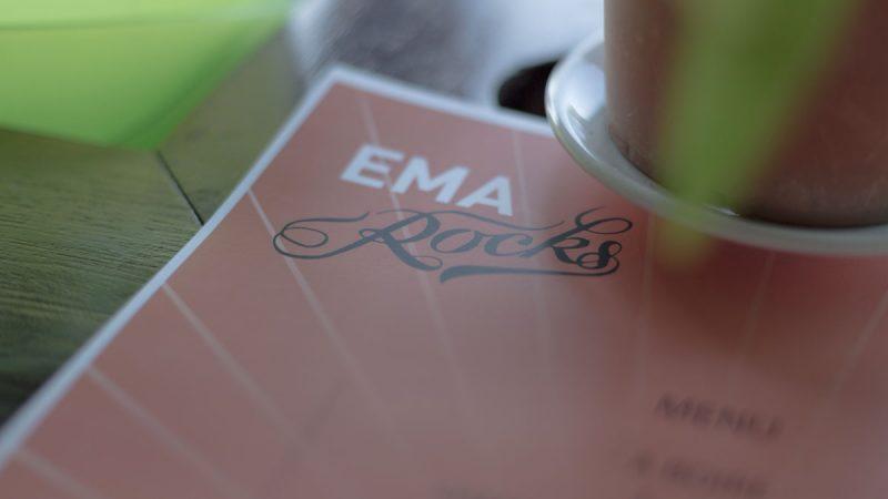 ema_rocks_01