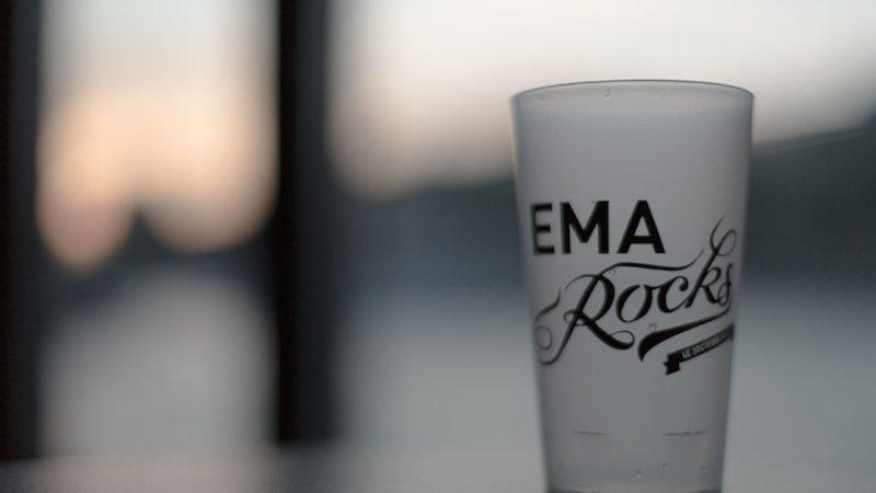 ema_rocks_30